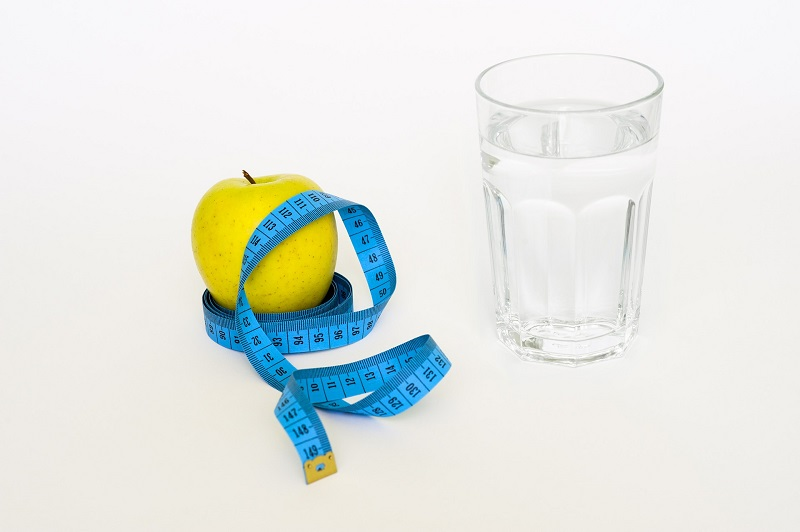 10 Effortless And Effective Ways To Lose Water Weight